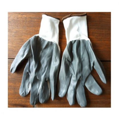 Grey Latex Handgloves 1